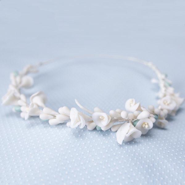 Corona de novia blanca de porcelana - Sombrerería Matilde Falcinelli