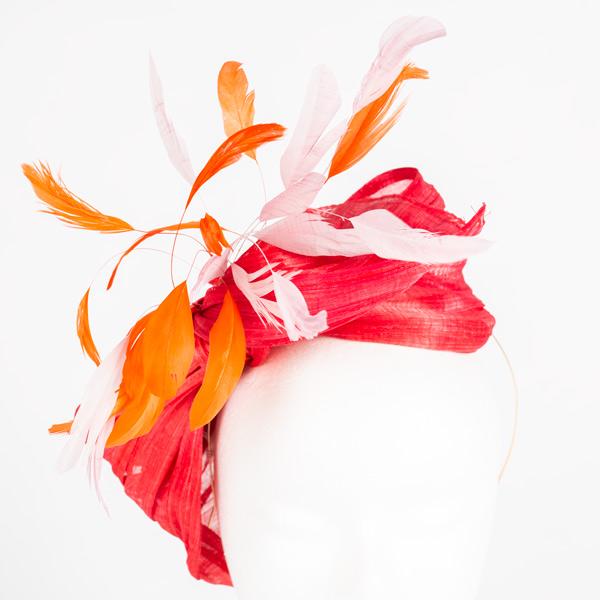 Diadema lazo rojo coral sinamay - Sombrerería Matilde Falcinelli