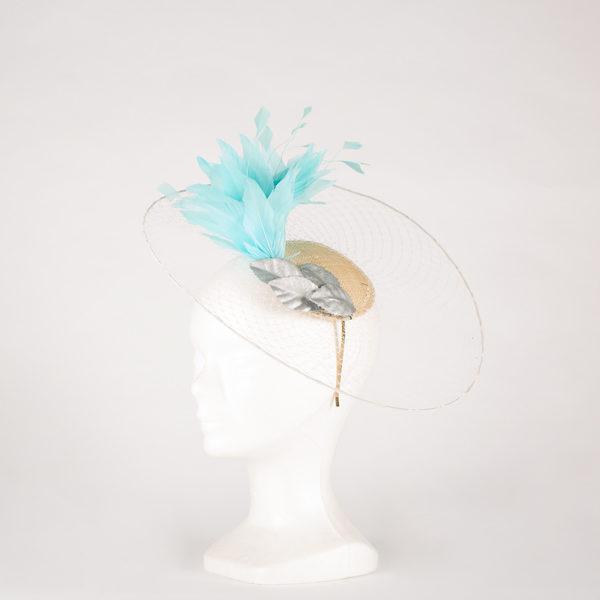 Tocado rejilla con plumas - Sombrerería Matilde Falcinelli