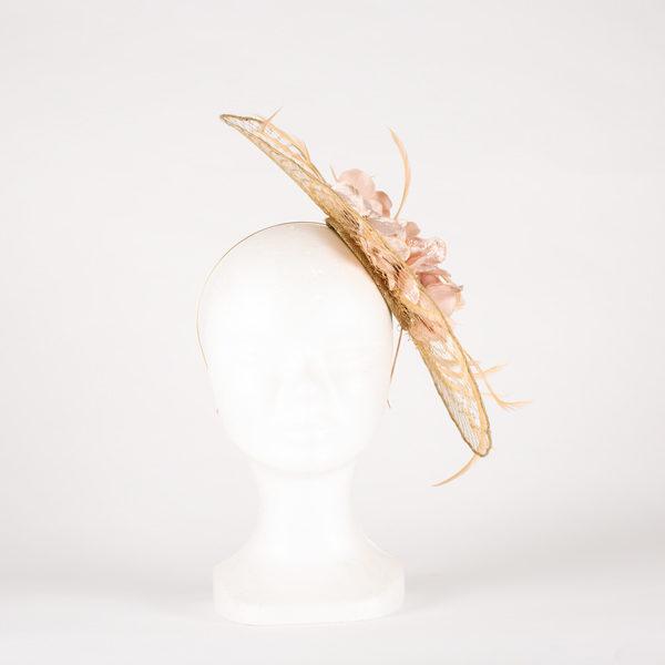 Tocado rejilla con flores - Sombrerería Matilde Falcinelli