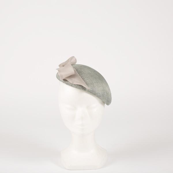 Tocado pillbox plata lazo - Sombrerería Matilde Falcinelli