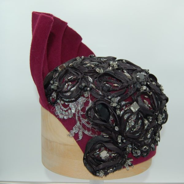 Sombrero de ceremonia con pedreria - Sombrerería Matilde Falcinelli