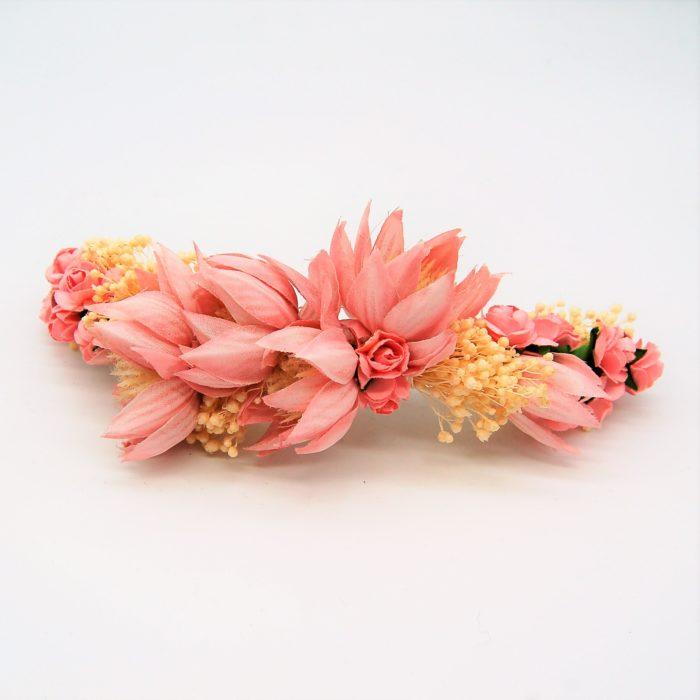 Prendedor flores rosas comunión - Sombrerería Matilde Falcinelli
