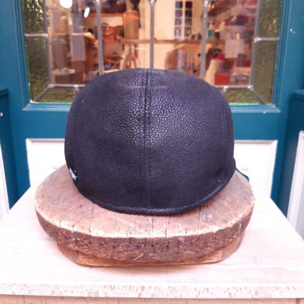 gorra piel negra - Sombrerería Matilde Falcinelli